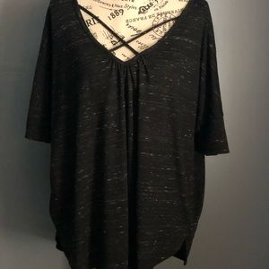 a.n.a Black with speckle criss cross top XL